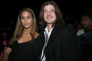 Singer Robin Thicke and his girlfriend, Paula Patton, are on
