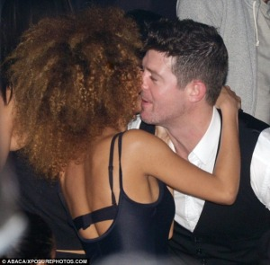 robin-thicke-cheating 2